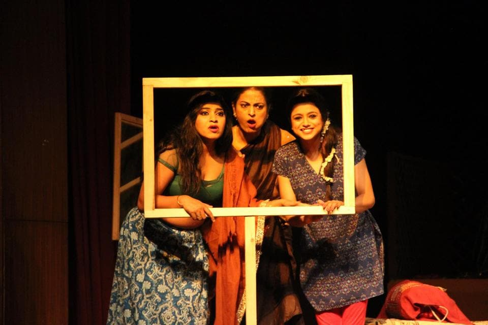 The play KaaliShalwar is based on the story written by Saadat Hasan Manto in 1940.
