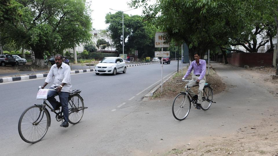 A cycle track in Sector 7, Chandigarh, is infrequently used.