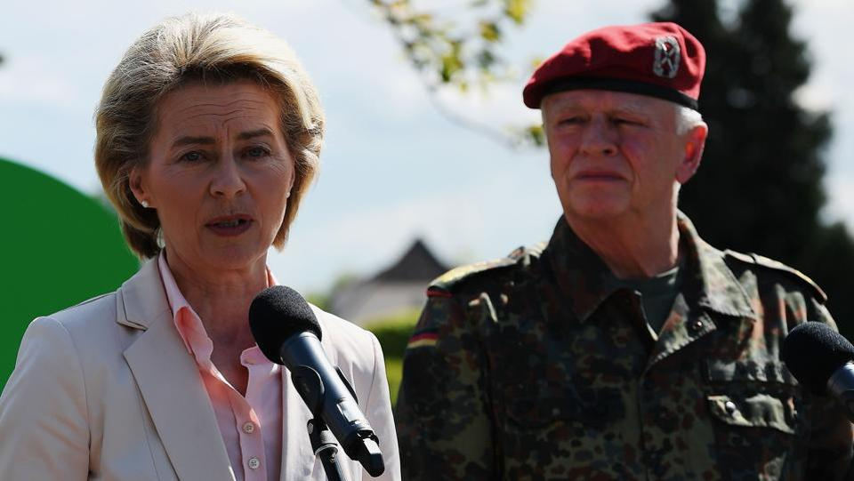 German defence minister Ursula von der Leyen and inspector general of the German armed forces Bundeswehr, Volker Wieker (right), during a news conference in eastern France on May 3, 2017. Von der Leyen has scrapped a US trip to deal with a scandal over a far-right soldier who allegedly plotted an attack while posing as a Syrian refugee.