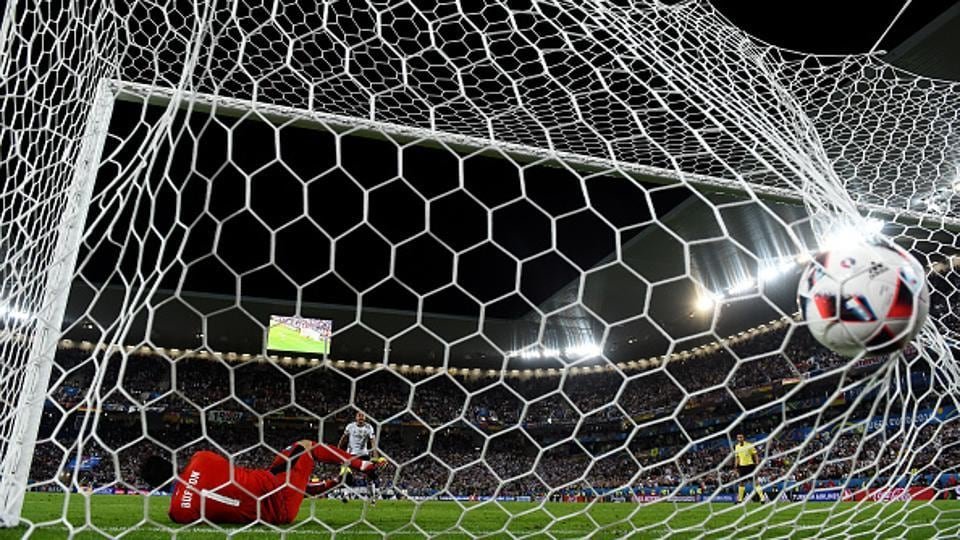 The new penalty shootout system proposed by UEFA will be tested at the men's and women's under-17 European championships.