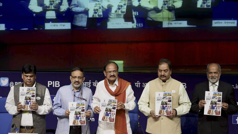 Minister of urban development M Venkaiah Naidu with secretary, Ministry of Urban Development, Rajiv Gauba and others at the release of the survey