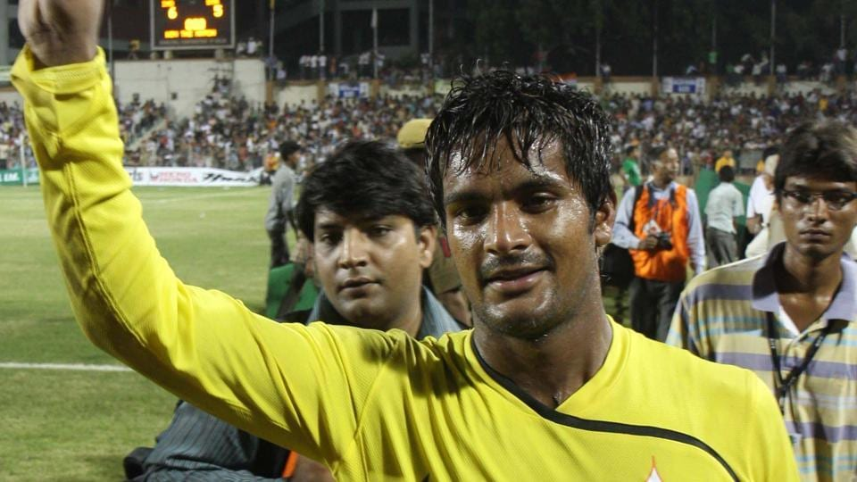 Subrata Paul, Indian national football team goalkeeper, tested positive for terbutaline.