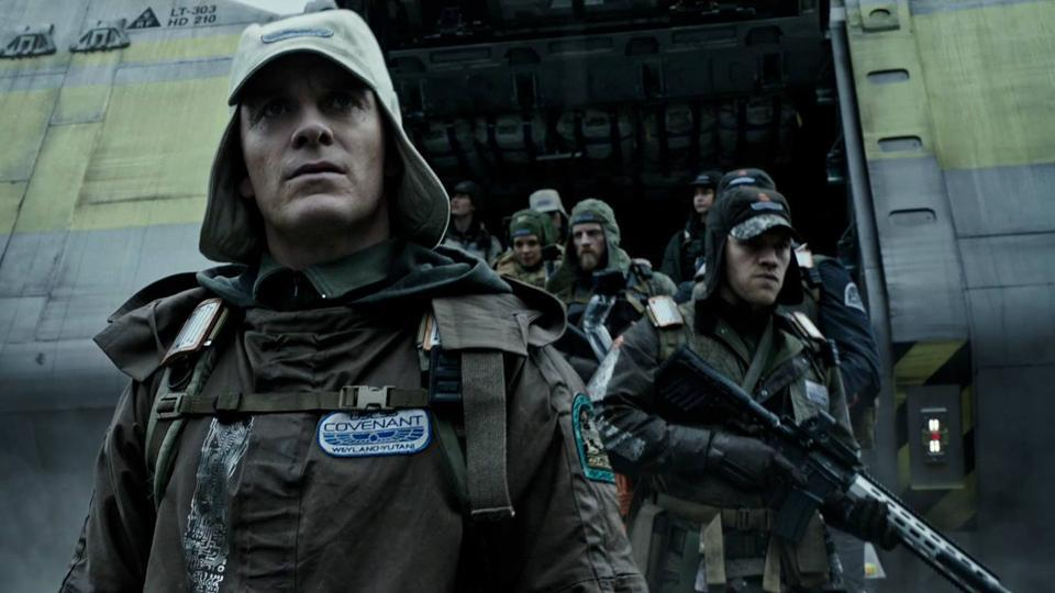 Michael Fassbender plays two androids in Alien: Covenant.