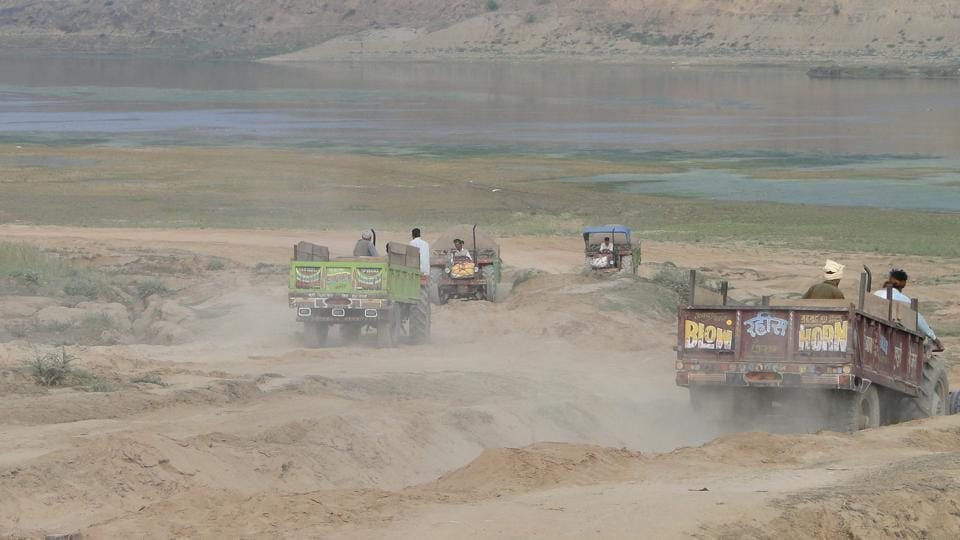 The Supreme Court on Friday stayed a controversial HC order banning mining in the Ganga.