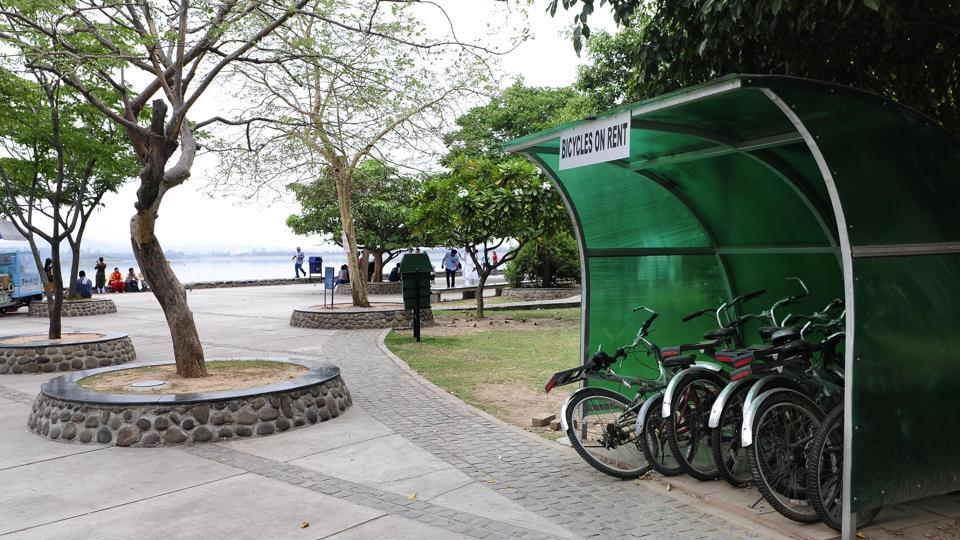 Cycles available on rent at Sukhna Lake.