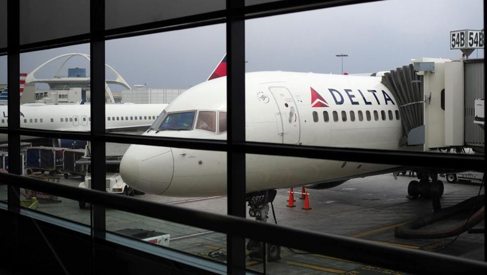Delta Airlines,Federal Aviation Administration,US