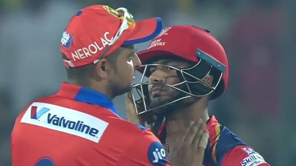 Gujarat Lions skipper Suresh Raina (L) consoles Delhi Daredevils' Rishabh Pant after the latter was dismissed for 97 in their IPL 2017 match.
