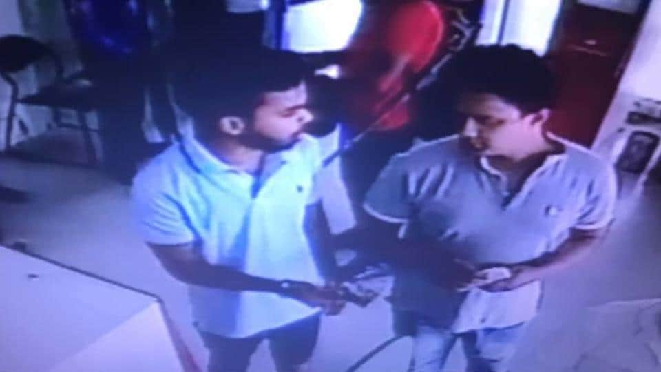 Noida kidnapping,Student stages kidnapping,Noida engineering student
