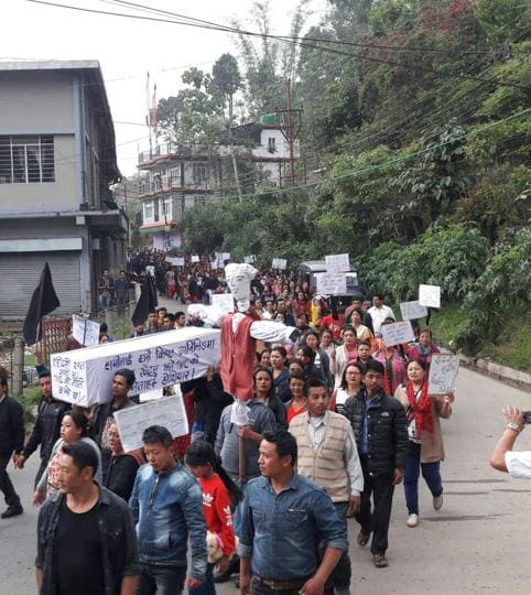 Residents of Darjeeling organised a rally on Saturday to protest against the remark of minister Indranil Sen.