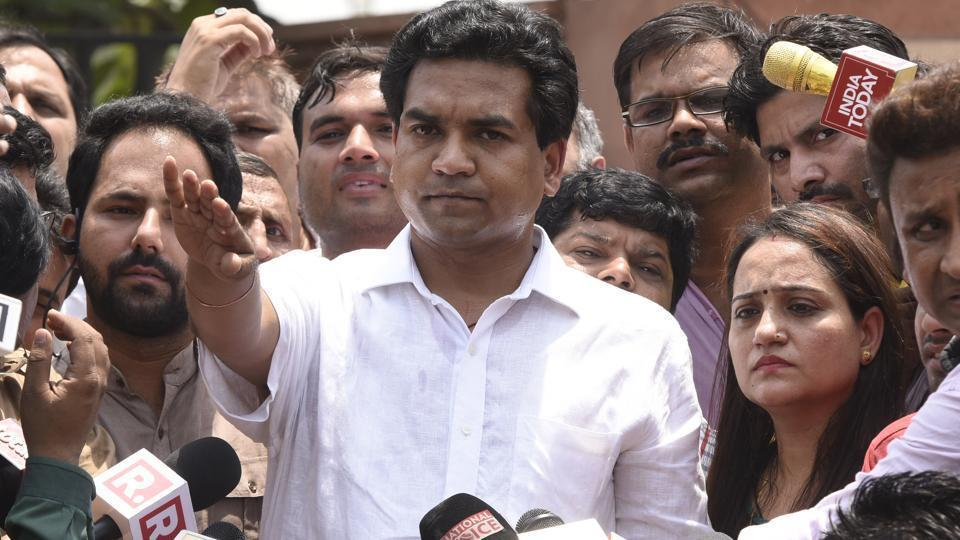 AAP leader and former Delhi water and tourism minister Kapil Mishra addressing the media at Rajghat, New Delhi, on Sunday, May 7, 2017. Mishra claimed he saw Satyendar Jain give Rs 2 crore to chief minister Arvind Kejriwal.