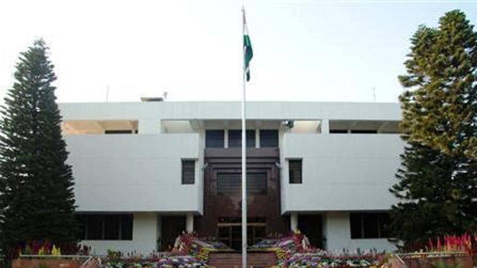Indian High Commission,Indian wife,Wagah border
