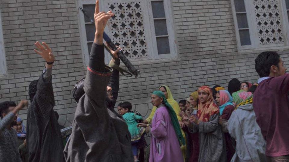 Kulgam attack,Kashmir conflict,Kashmir militants