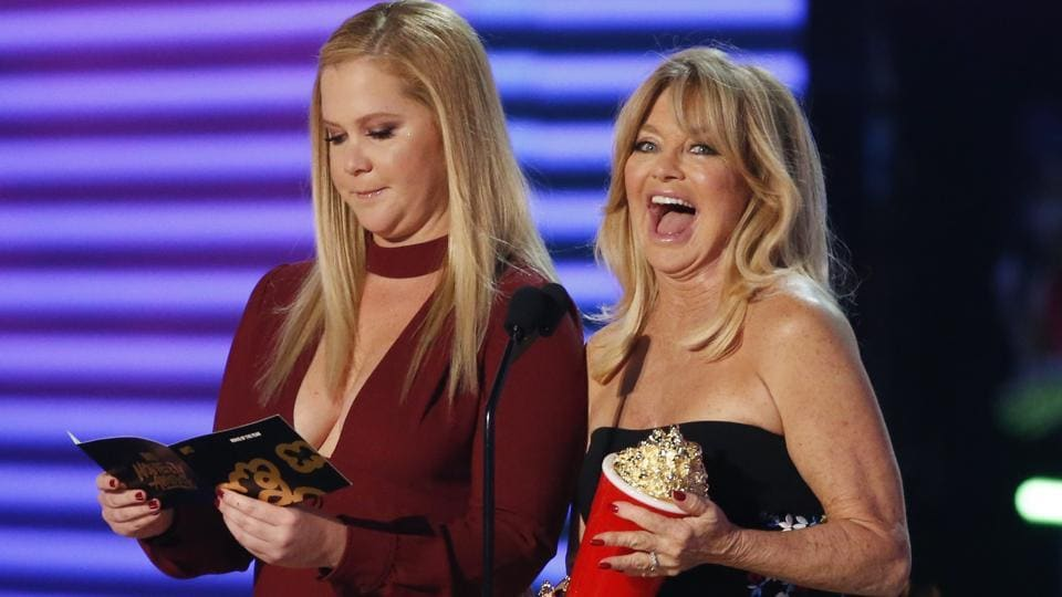 Amy Schumer and Goldie Hawn announcing the winners. (REUTERS)