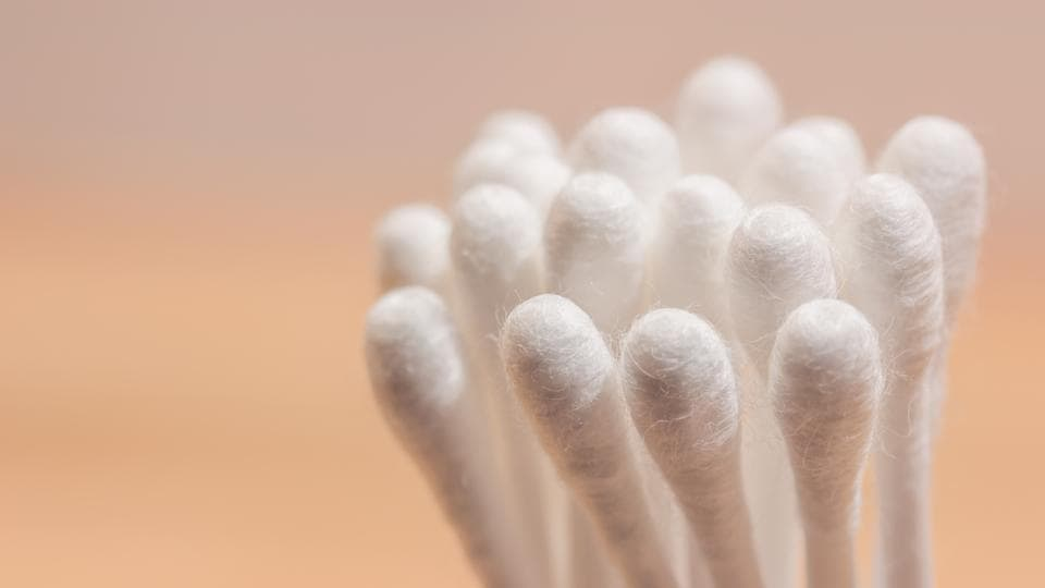 Cotton Buds,Kids Should Not Use Cotton Buds,Cotton buds Dangerous