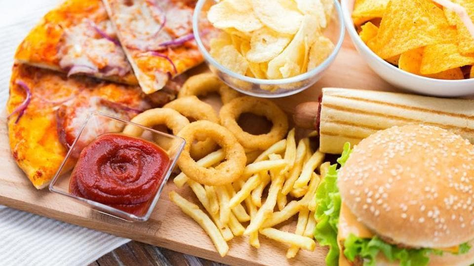 Junk food banned in school canteens in Indian state