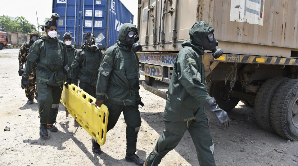 NDRF personnel at the site of gas leak. 475 students were hospitalised after a gas leak at the container depot in Tughlakabad near Rani Jhansi Sarvodaya Kanya Vidyalaya on Saturday.
