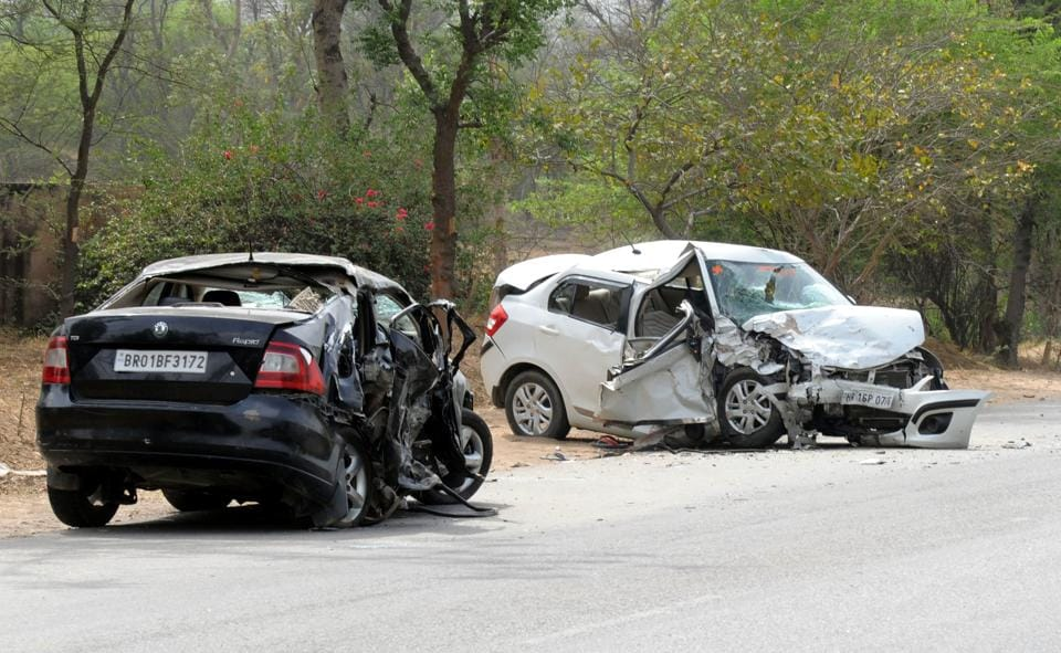 Gurgaon Four Killed Six Injured In Collision Of Skoda