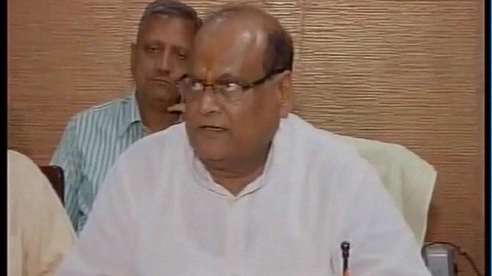 Saraf said the victim is being provided best-possible treatment and asked the Congress not to politicise the matter.