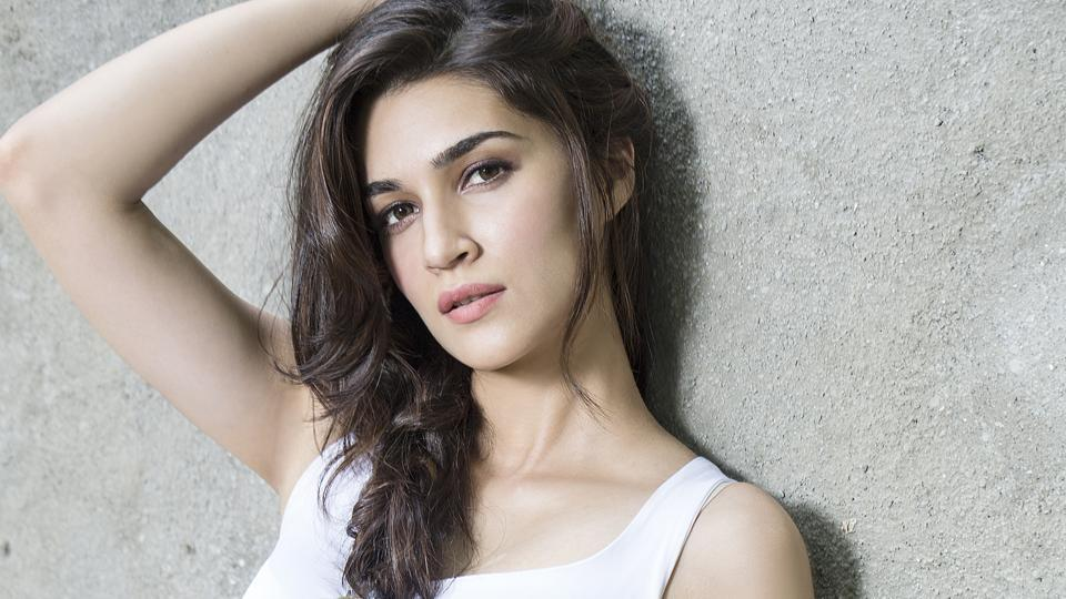 Kriti Sanon will pair up with Heropanti co-star Tiger Shroff once again for Baaghi 2.