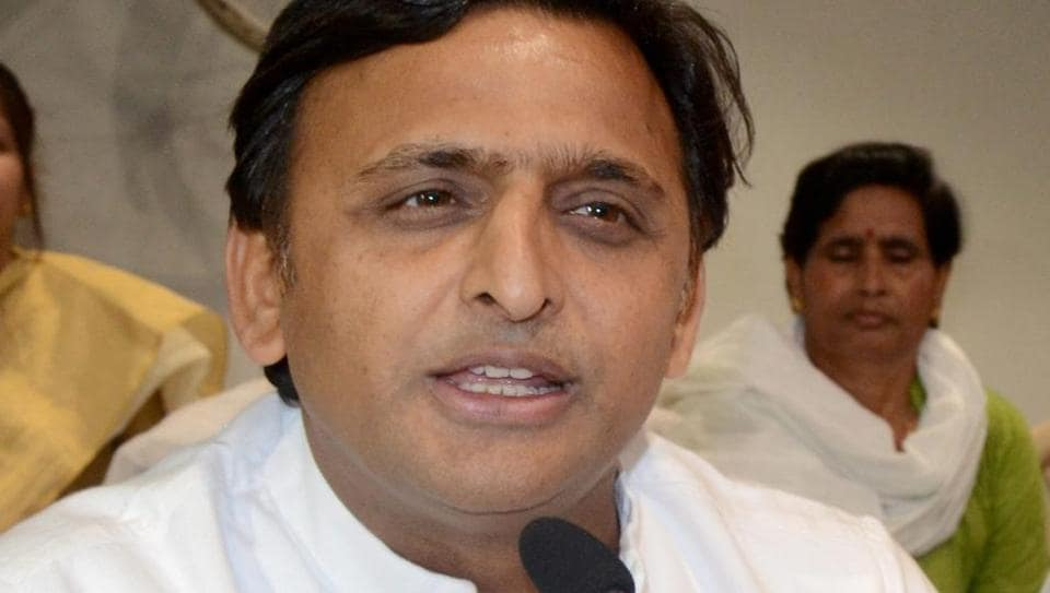 Akhilesh Yadav asks 'has anyone ever witnessed martyr from Gujarat'