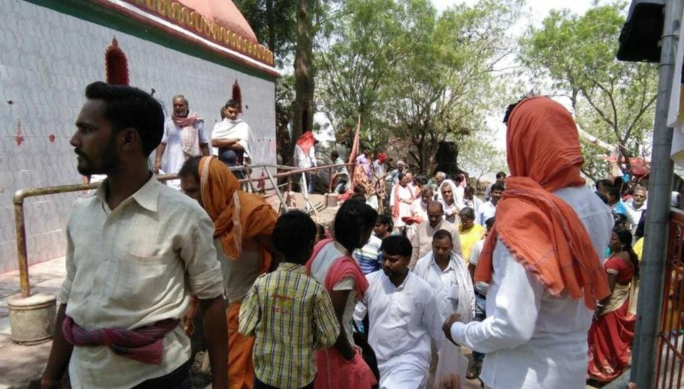 Devotees at a temple atop Kauleshwari hills in Jharkhand's Chatra district.