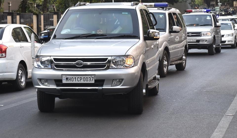 Chief minister Devendra Fadnavis arrives in a beaconless car for a state cabinet meet on Tuesday.