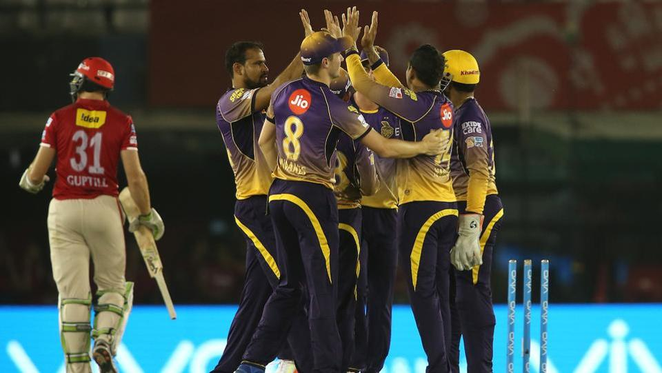 The Knight Riders regularly clinched wickets and did not let Kings XI Punjab settle down. (BCCI)