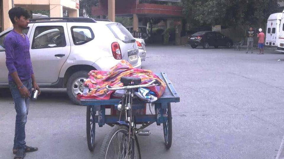 poverty,Jalandhar civil hospital,ambulance