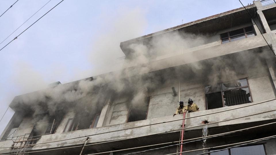 garment factory,Ludhiana,fire