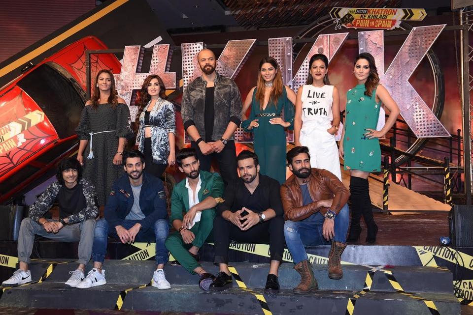 Rohit Shetty poses with his 12 contestants from Khatron Ke Khiladi.