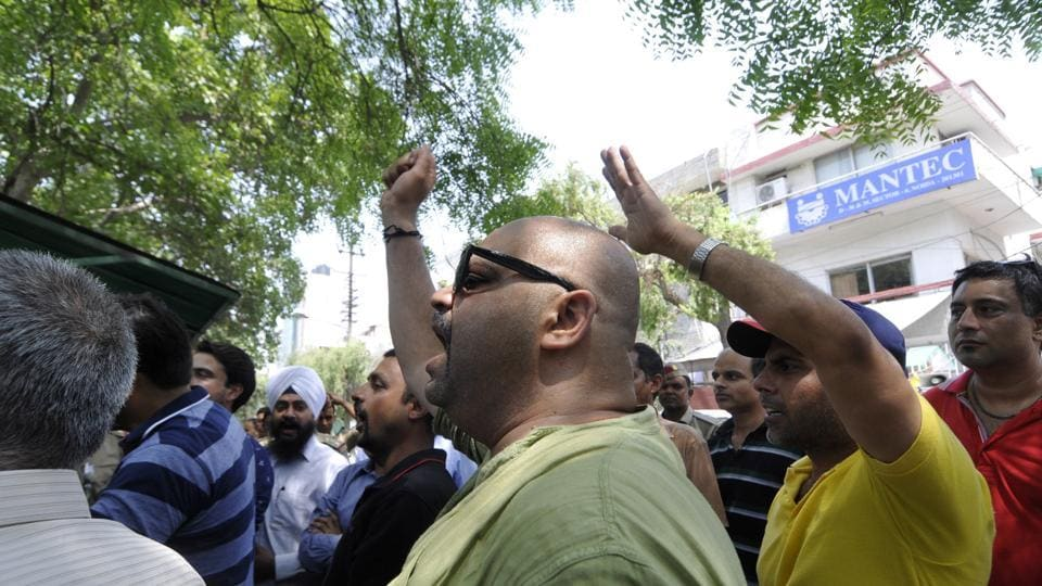 homebuyer,protest,Greater Noida