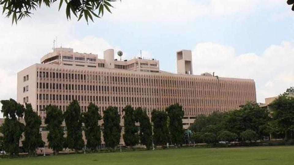 MTech courses,IIT,Prakash Javadekar