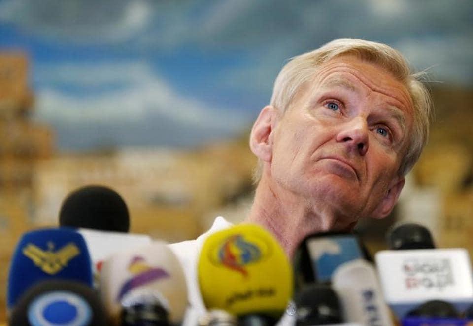 UN Syria humanitarian adviser Jan Egeland at a press conference.