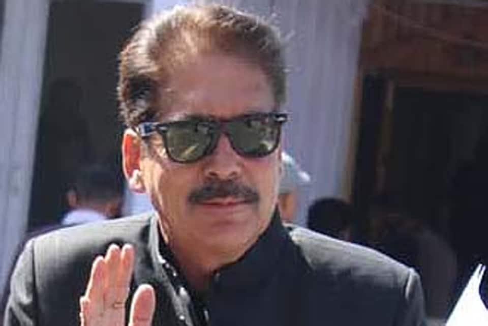 Himachal Pradesh cooperation and ayurveda minister Karan Singh