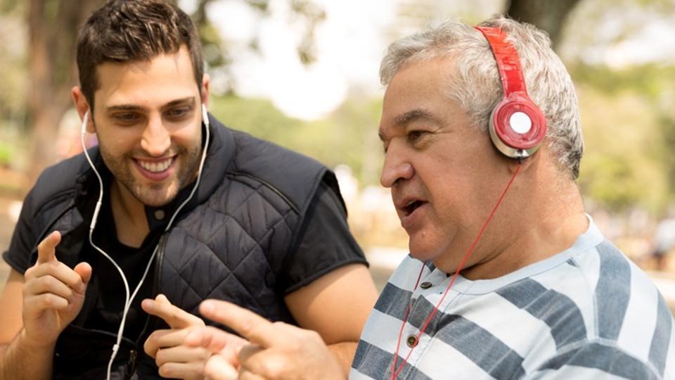 Alzheimer's disease,Dementia,Music therapy