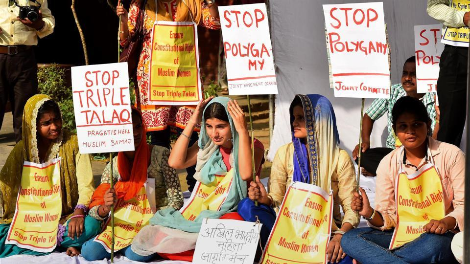 Activists of joint movement committee protest on the issue of triple talaq at Jantar Mantar in New Delhi on Wednesday.