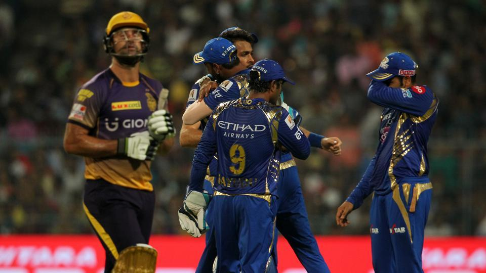 Hardik Pandya bowled brilliantly at the death to give Mumbai Indians a nine-run win and seal top spot in IPL 2017. Catch full scorecard of Kolkata Knight Riders vs Mumbai Indians here.