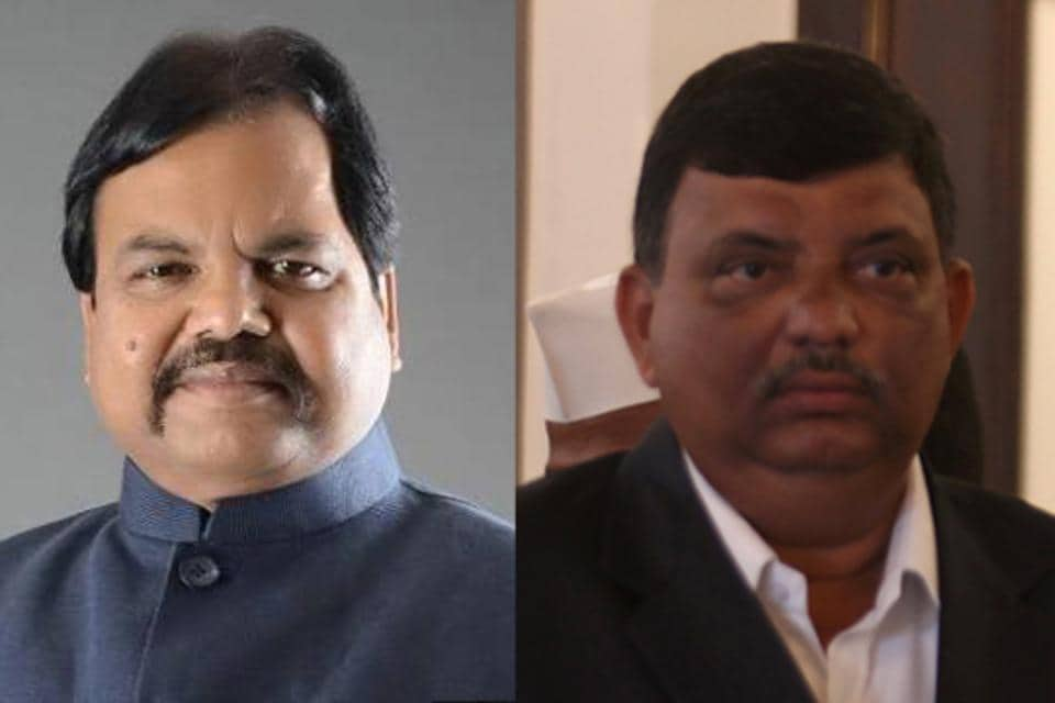 Gautam Chabukswar (left) and former Mumbai corporator Yashodhar Phanse