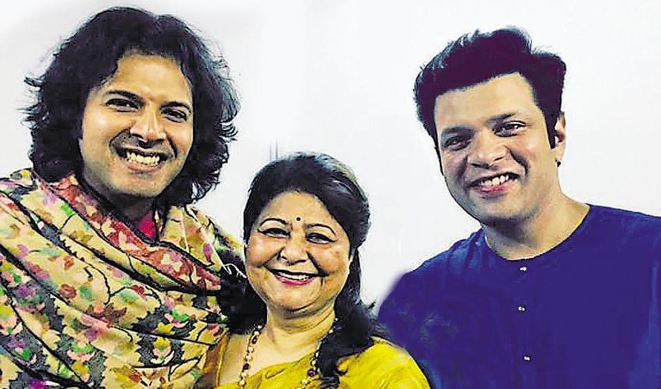 Ayaan, Subhalakshmi, Amjad and Amaan Ali Khan.