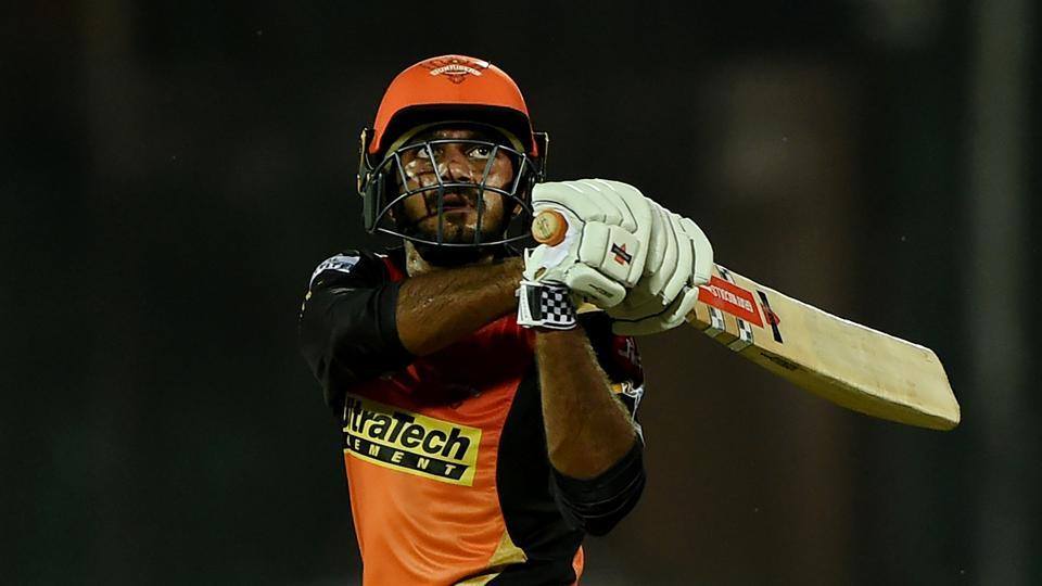 Sunrisers Hyderabad's Vijay Shankar en route to scoring an unbeaten half-century against Gujarat Lions in an Indian Premier League (IPL) 2017 match.