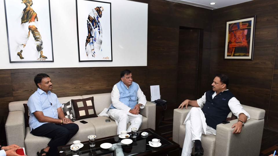 Representatives of the Uttar Pradesh skill development mission were also present at the meeting. They were asked to work closely with the Centre.