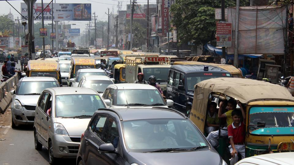 The transport department, in a drive, penalised 497 auto drivers who were parking their vehicles on roads, thereby adding to traffic congestion.
