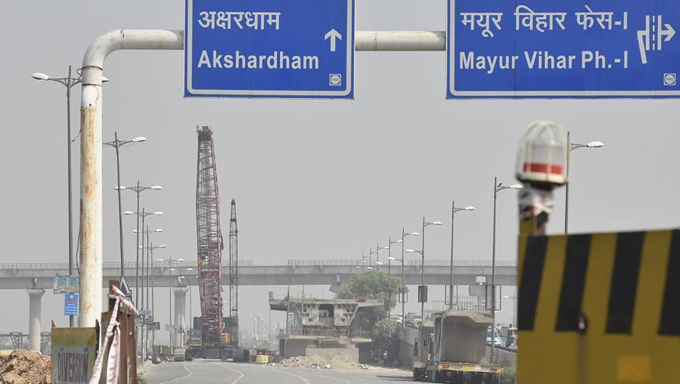 The new flyover is likely to decongest Mayur Vihar-I and completely change the look of the area with plan of separate lanes for pedestrians and cyclists, corridor for non-motorised vehicle and space for bus stops.