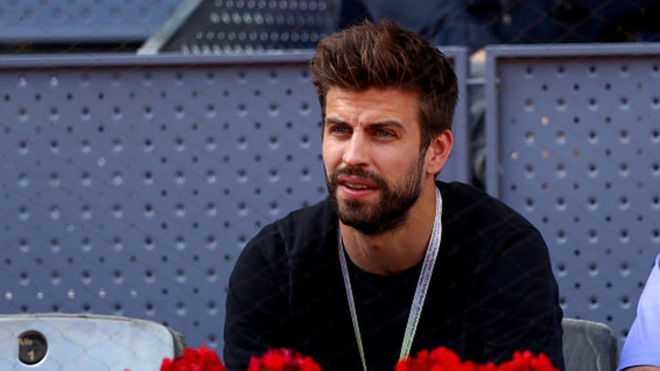Gerard Pique of FC Barcelona is a tennis enthusiasts and manages to catch live action whenever he is free from his footballing duties. Pique is part of a consortium which is mulling a World Cup for tennis.