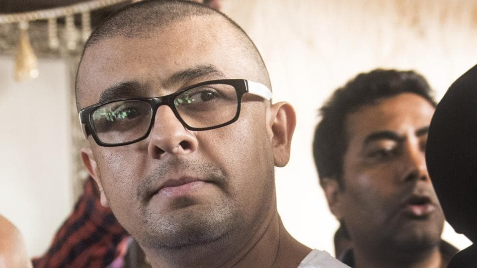 Sonu Nigam says people who are not secular are walking on safe grounds.