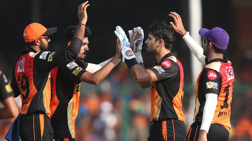 Mohammed Siraj, who was later named Man of the Match, picked up 4/32 from his four overs for Sunrisers Hyderabad as Gujarat Lions collapsed. (BCCI)