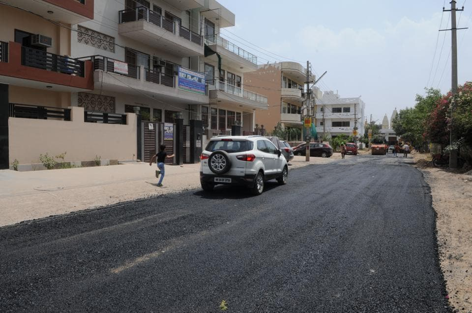 MCG,Sector 46,broken Roads