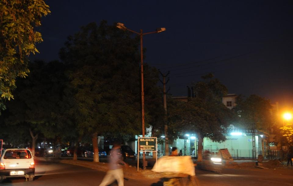 The RWA has identified 200 dark spots where they will install 400 LED lights to ensure the residents feel safe. The project will cost nearly ₹15 lakh and will be completed within two months starting next week.