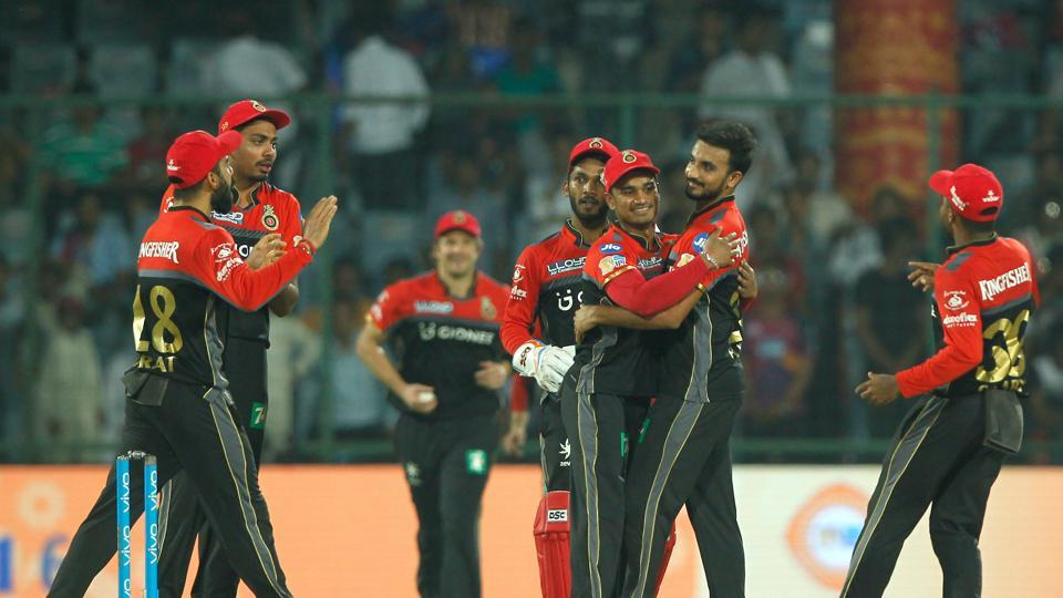 Royal Challengers Bangalore broke their losing streak to register a 10-run win over Delhi Daredevils in the final league match of IPL2017. Catch highlights of Delhi Daredevils vs Royal Challengers Bangalore here