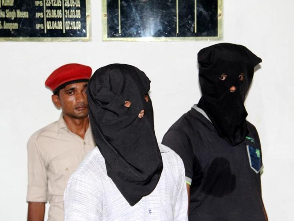 Two of the suspects in the sensational  murder of gangster Bablu Dubey, in a Bettiah (Bihar) court on May 11.